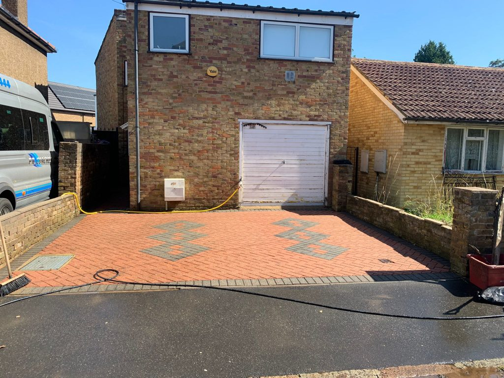driveway cleaning sutton